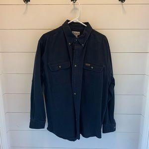 Men's Carhartt XL button down long sleeve.